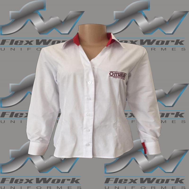 Camisete uniforme feminino
